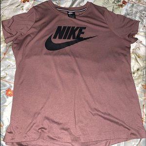 Nike Shirt 👚